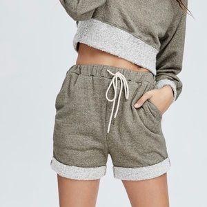 Pants - LIV SHORTS